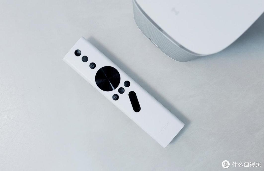 把电视装进你的口袋 极米NEW Play特别版投影仪评测