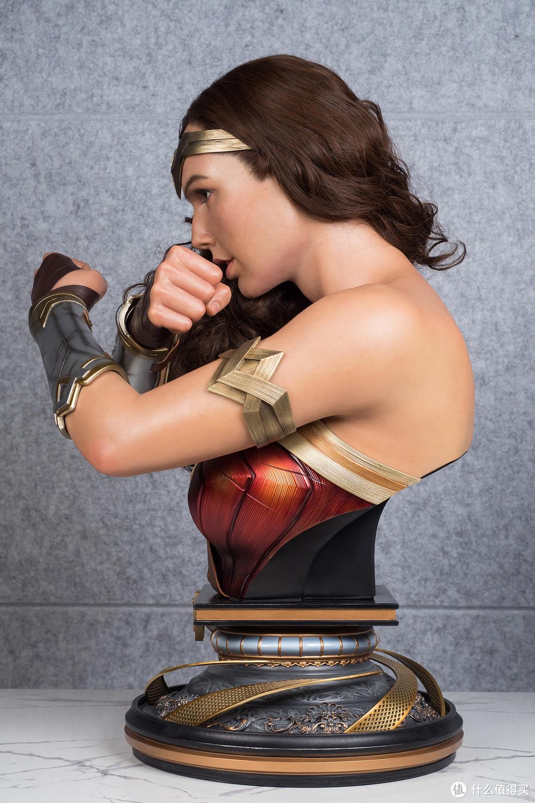 玩模总动员:集英气与美貌为一身,Queen Studios神奇女侠1/1半胸像开箱