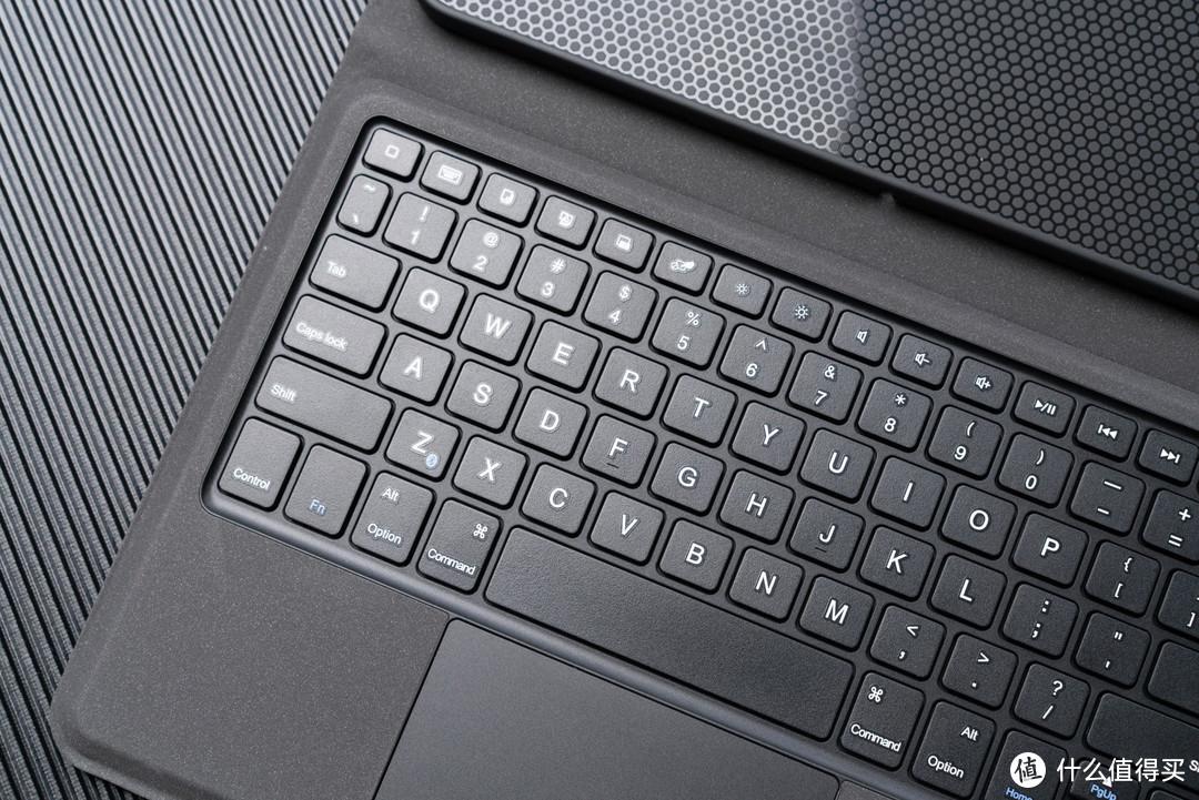 iPad生产力平价新选择——smorss一体式蓝牙iPad键盘保护套测评