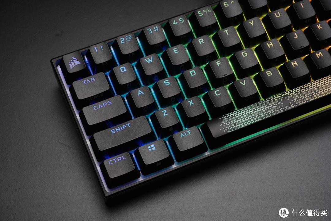 PBT?是PBT!他终于用PBT!海盗船K65RGB MINI机械键盘简评