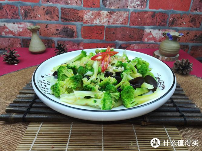 支招!天热又必须做饭,试试这道菜,清淡脆爽,富含维生素