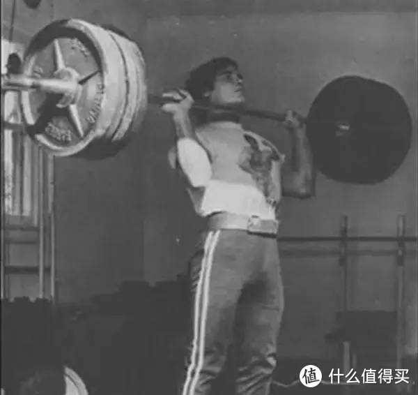 肩部训练的王牌动作,只需10分钟,人人都能学会