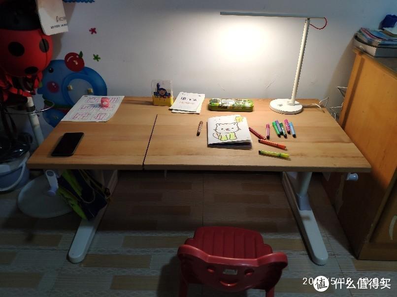 自己动手,拼装钙版儿童升降学习桌