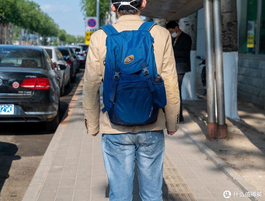 复古风的通勤包,还是郊游登山好搭档,多特步行者背包体验