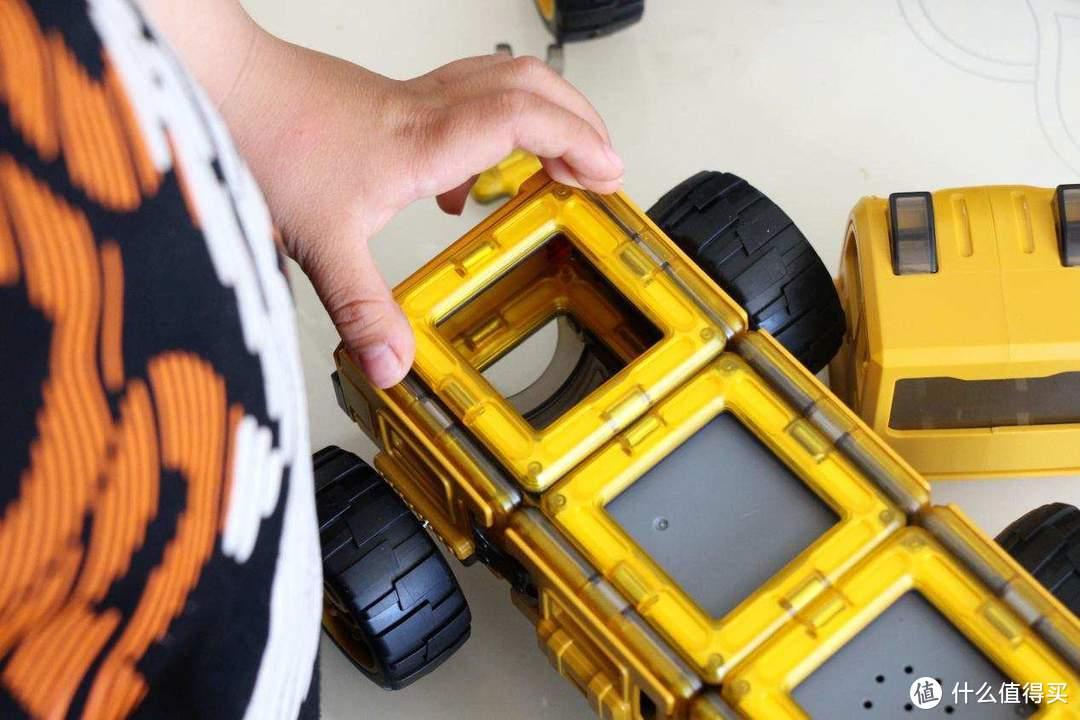 创意拼搭,智能编程:蛋宝乐磁力百变工程车体验