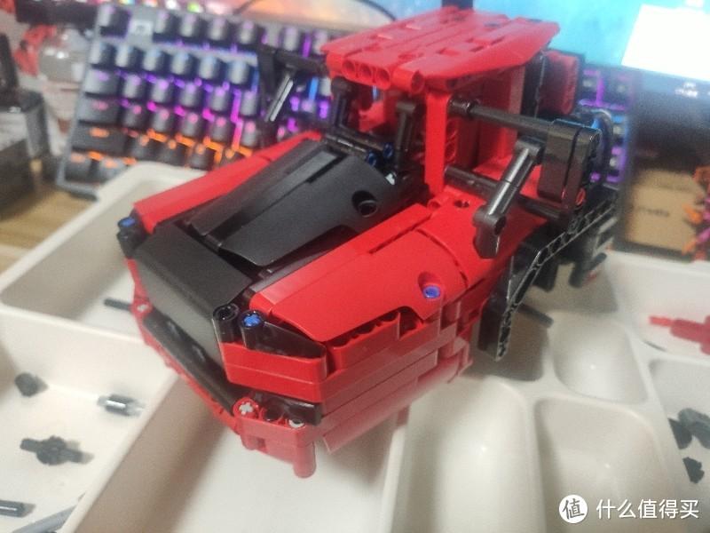 小米onebot中国红铰链式矿山卡车
