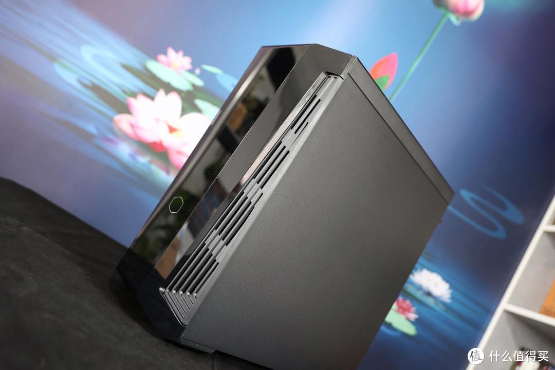 这个机箱的前脸挺有意思-酷冷至尊MB540中塔机箱开箱分享