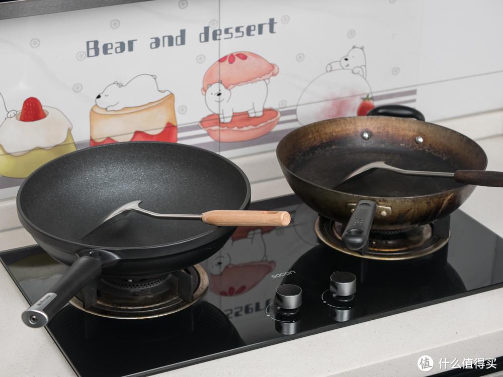 九阳不粘锅暴力测试:钢铲炒菜、钢丝球刷锅,竟还能无油煎蛋?