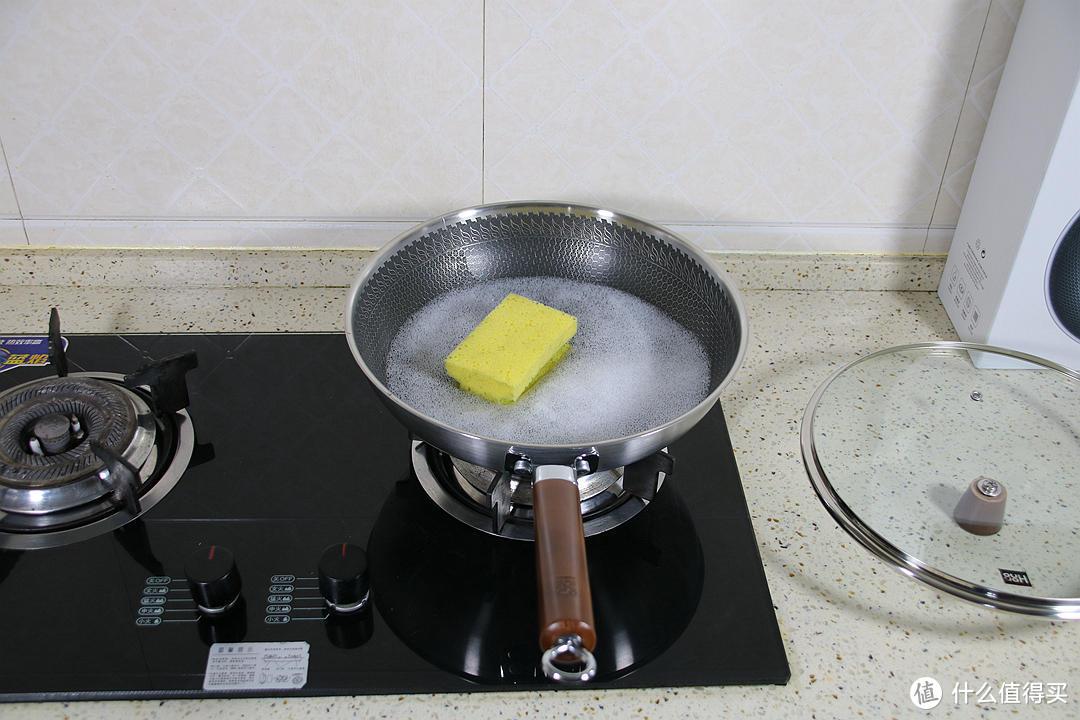 得心应手的好厨具,各种食材烹饪只需要一个锅即可搞定