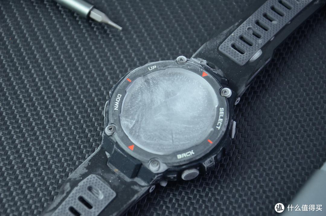 放冰箱冷冻一夜还能用?华米T-Rex Pro运动智能手表体验