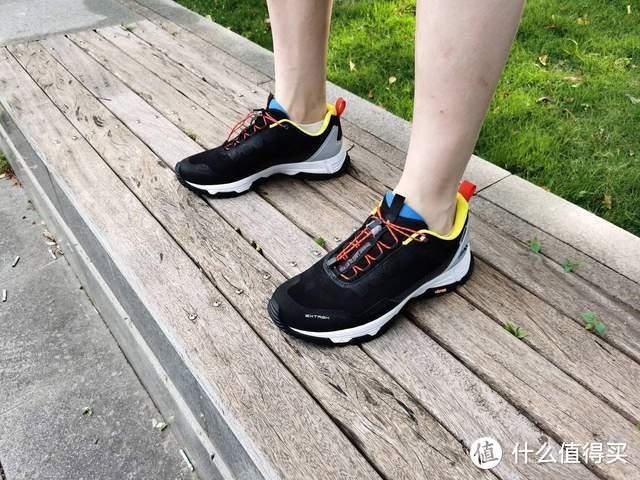 对标千元级户外防水鞋,小米有品众筹款天越全防水户外机能鞋试穿