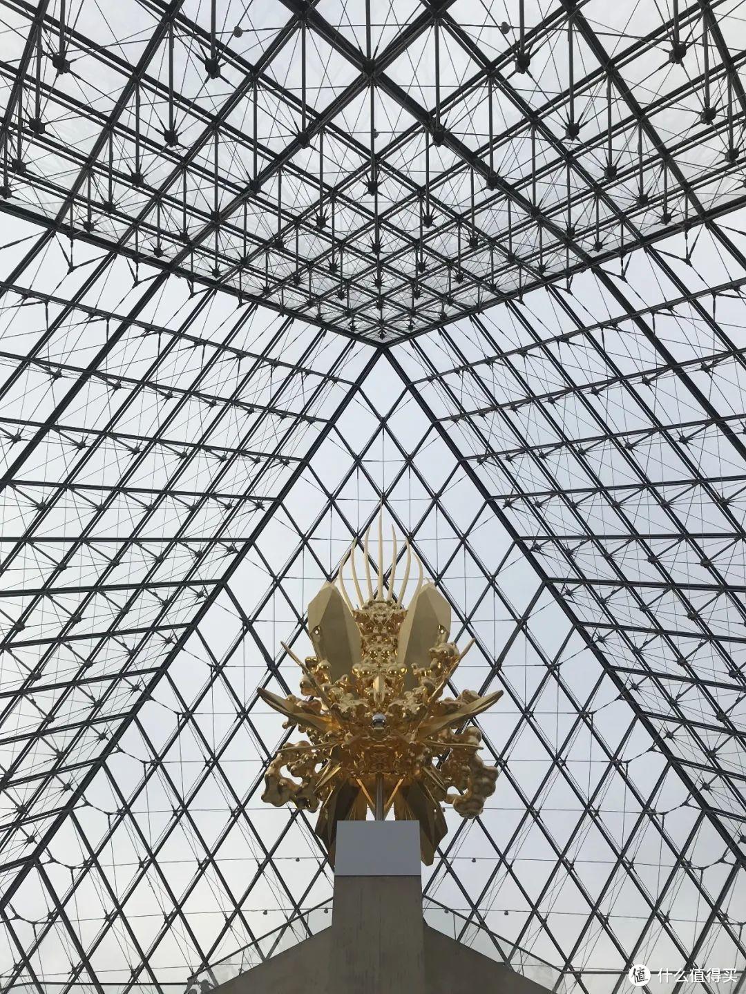 阿黄参观时在金字塔内部拍摄的图片