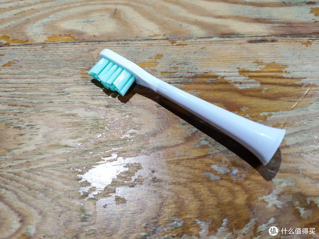 百元电动牙刷搅局者——博皓love me声波电动牙刷使用体验评测
