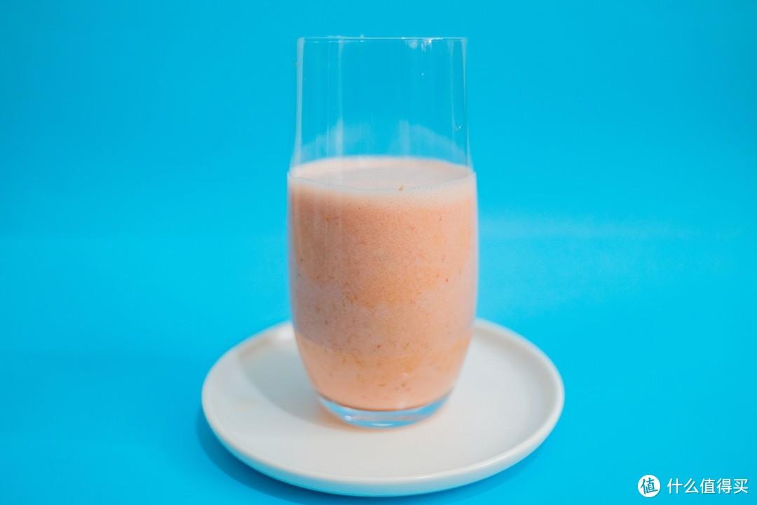 """可以随身携带的""""榨汁机""""?竟然还能做气泡水!分享新物种——摩飞气泡果汁杯"""