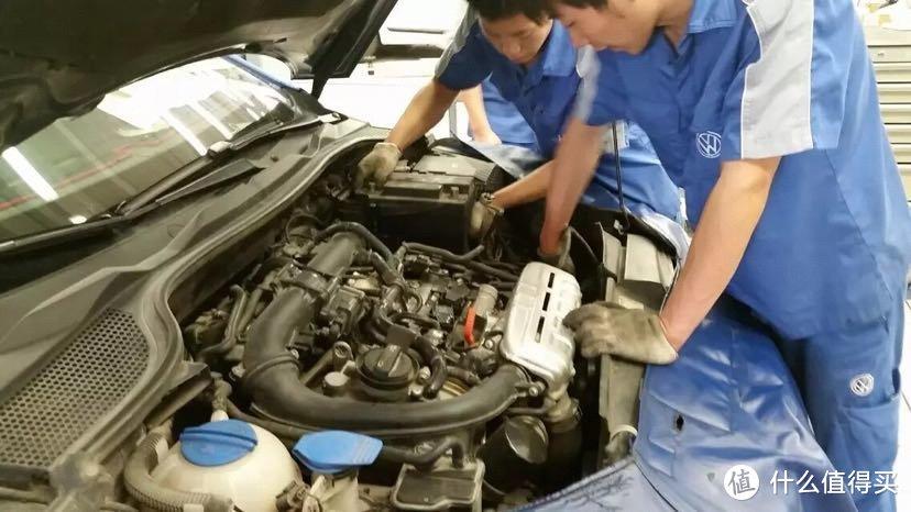 4s技术确实可靠性高,在这说个小经验,一定要去看着师傅做修车保养,为什么,你懂的。