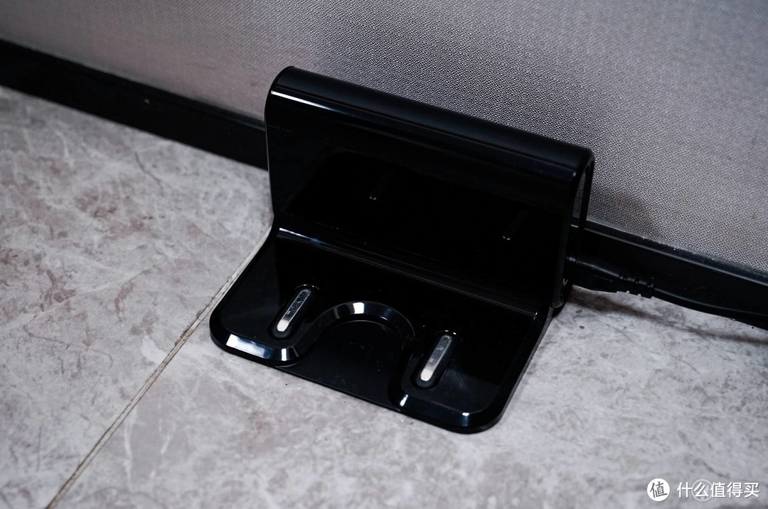 从家务中解放出来的居家「好帮手」:美的扫拖一体机器人S8