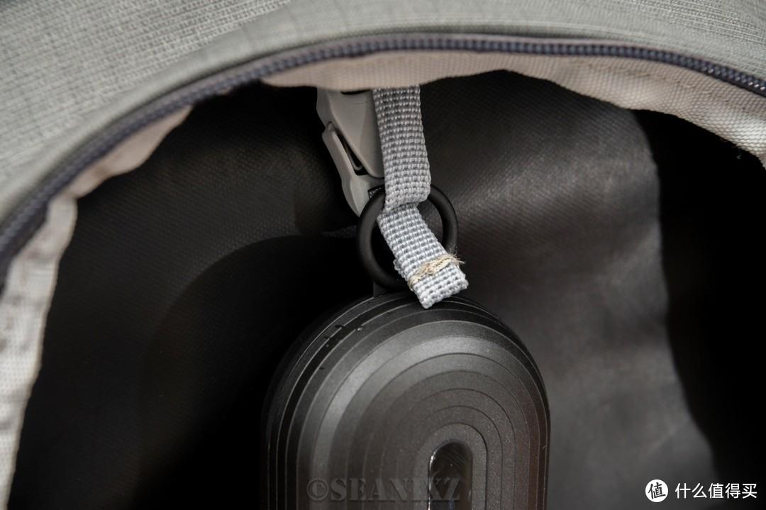 表面上是电动牙刷,实际上是多功能18650充电器:同同家 T9U电动牙刷拆解评测