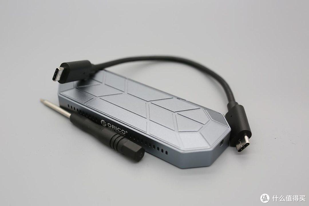 超酷颜值,ORICO炫彩RGB M.2硬盘盒的飞速体验