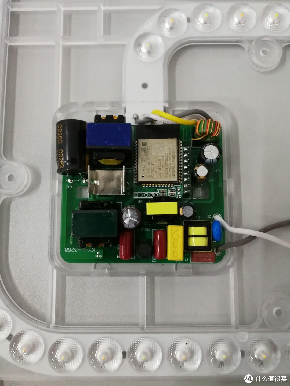 电源不同但是WIFI模组端口预留的针脚都是一样