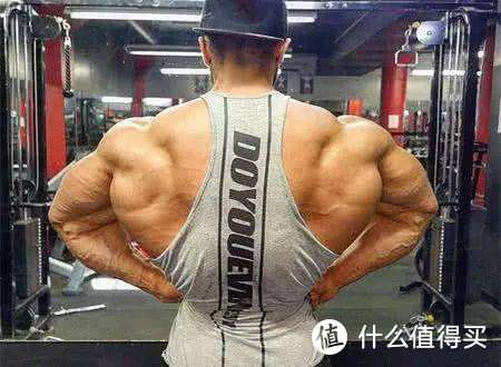 大重量的深蹲和硬拉会让你的腰变粗吗?