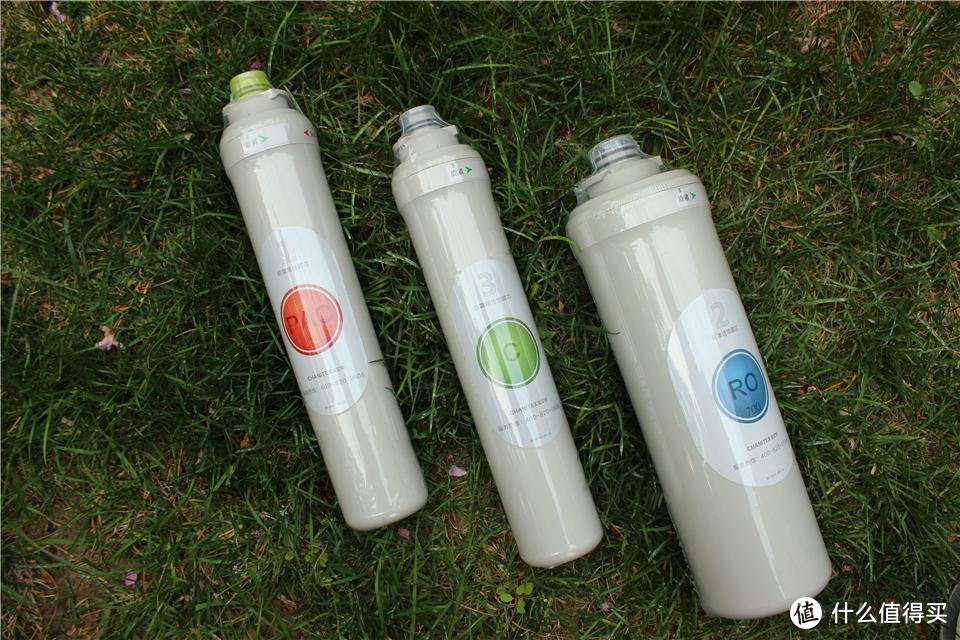 小区的水出现了异味,该办卡买水?还是装净化器?