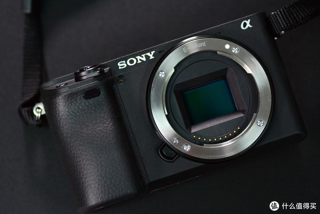 视频与拍照兼顾的微单相机:索尼A6400,4K画质更优秀