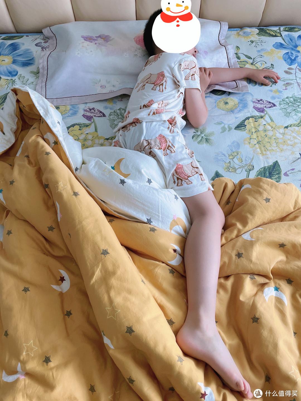 兼具舒适透气与可爱萌趣——Milkbarn2021新款夏季儿童短袖短裤居家睡衣套装