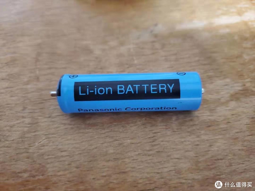 松下冲牙器EW1511更换电池(也适用EW1521)
