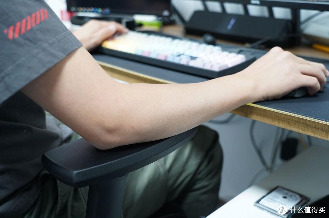 将舒适做到极致!永艺全网工学椅使用体验