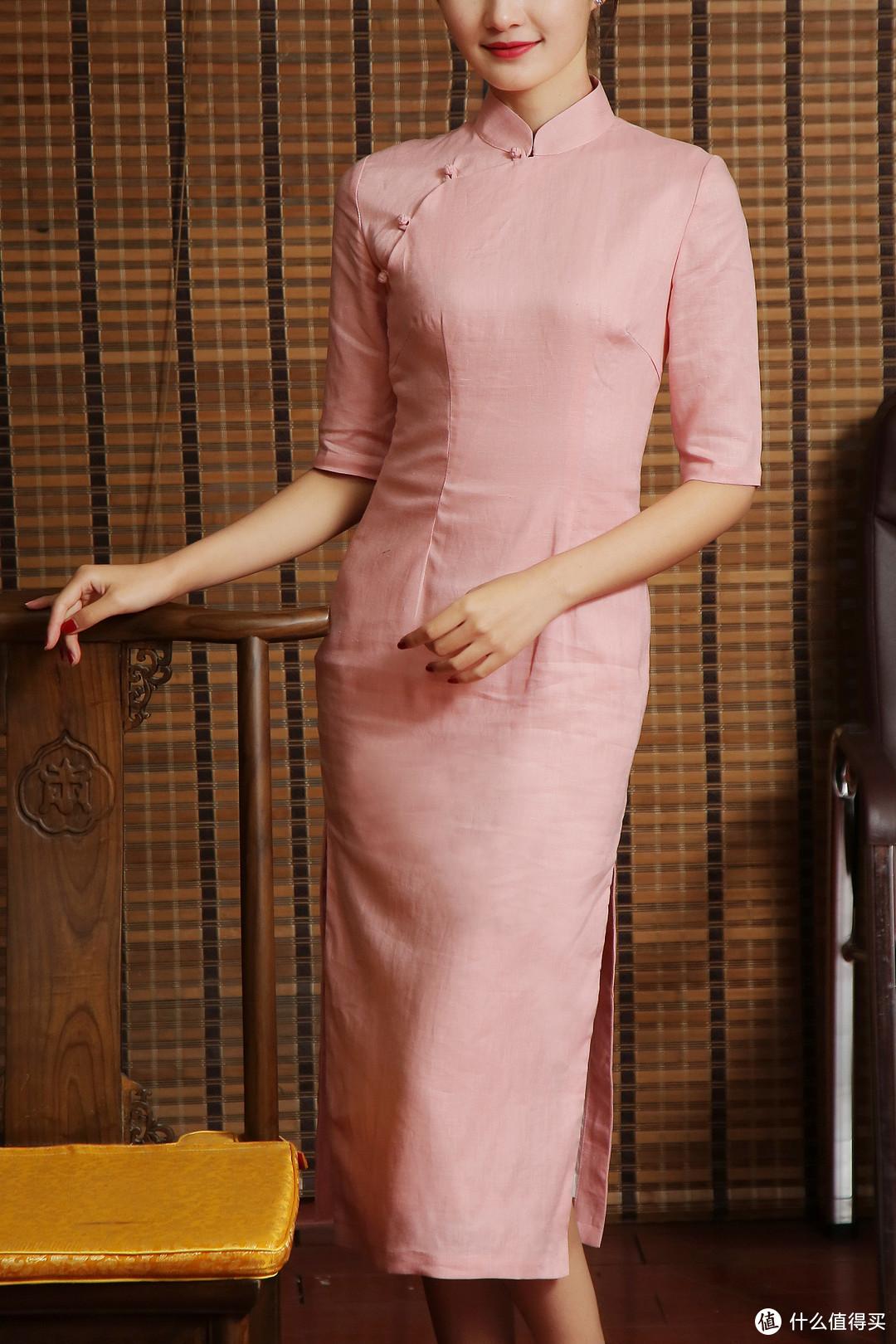 纯欲高叉、以曲为美,传统服装里的精致霓裳,带你了解知性美