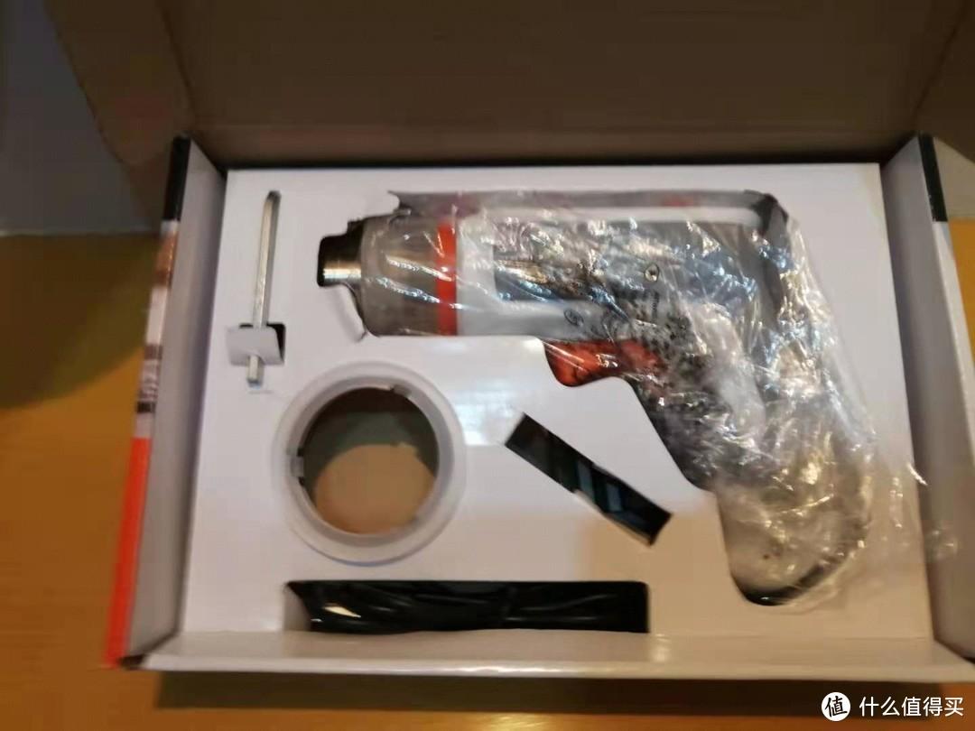 包装简洁4MM L型批头 圆形正反向滑块(方便松紧)赠送的5个6.35mm批头 USB充电线以及主机本身