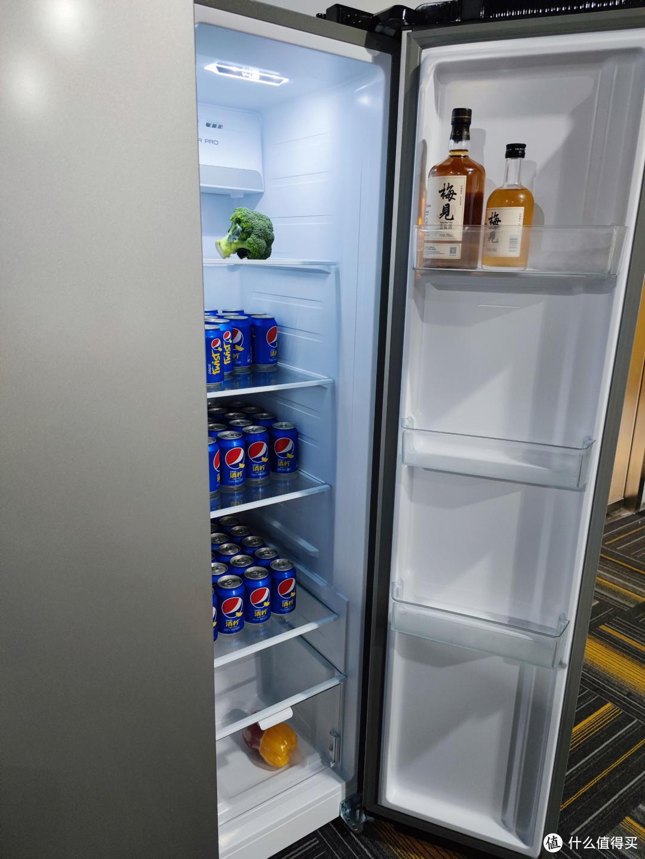 和传统家电企业叫板?动动嘴皮的冰箱,到底表现如何?云米互动大屏双开门冰箱评测!