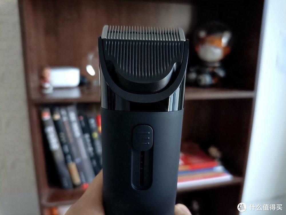 米家理发器VS映趣理发器:配件和防水是关键因素