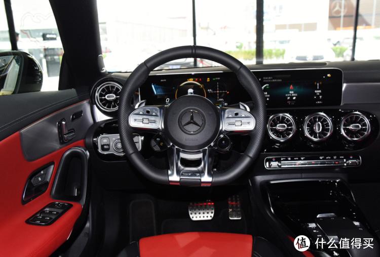 奔驰新款CLA35改方向盘旋钮,享受赛道般体验