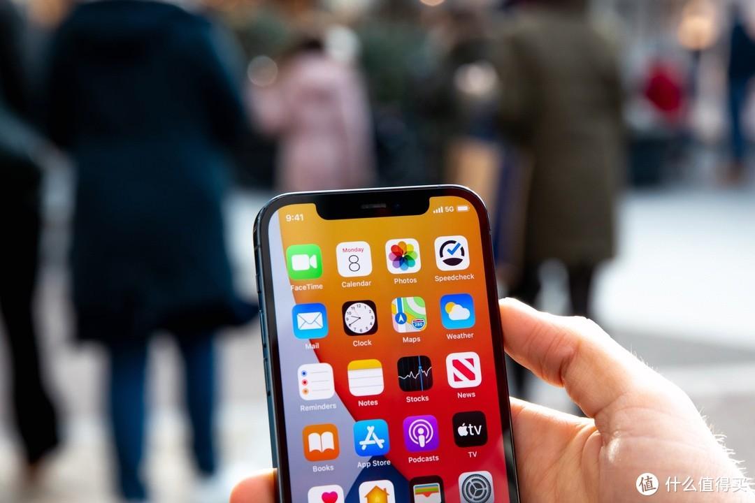 iPhone 12简评:A14芯片、5G、IOS系统优化,5年不用换手机