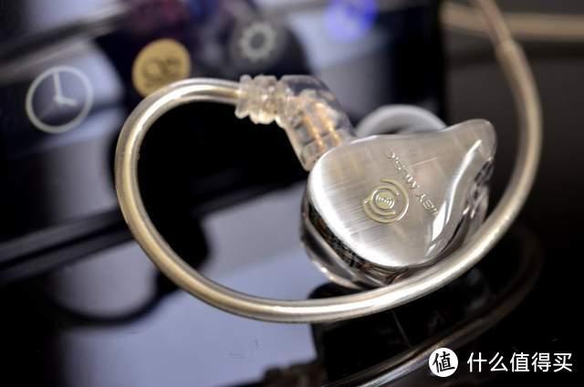 海贝音乐推Crystal 4流行向调音四动铁耳塞,强势挤入千元级市场