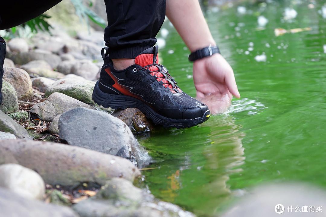 小米有品爆款推荐:防水越野跑鞋,户外爱好者、钓鱼佬的最佳搭档