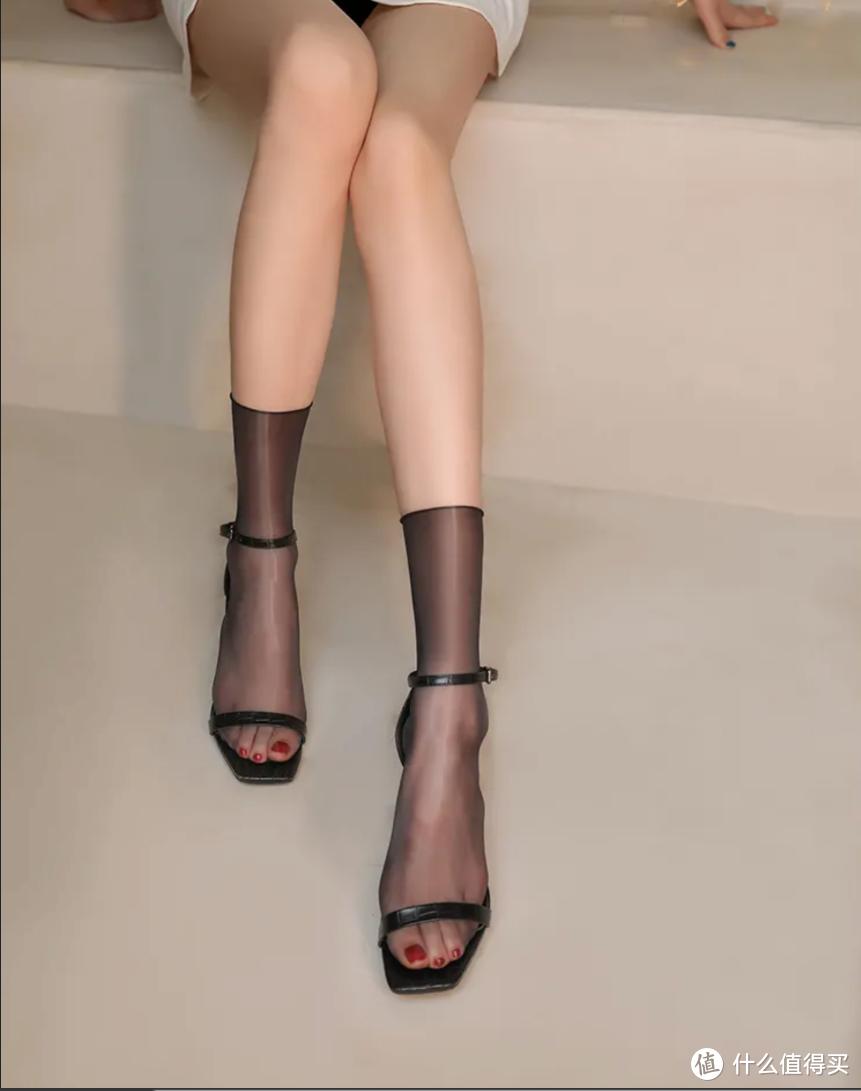 女生如何穿出职业OL感? 推荐四个顶级丝袜品牌,除了女神喜欢的Wolford, 还有...