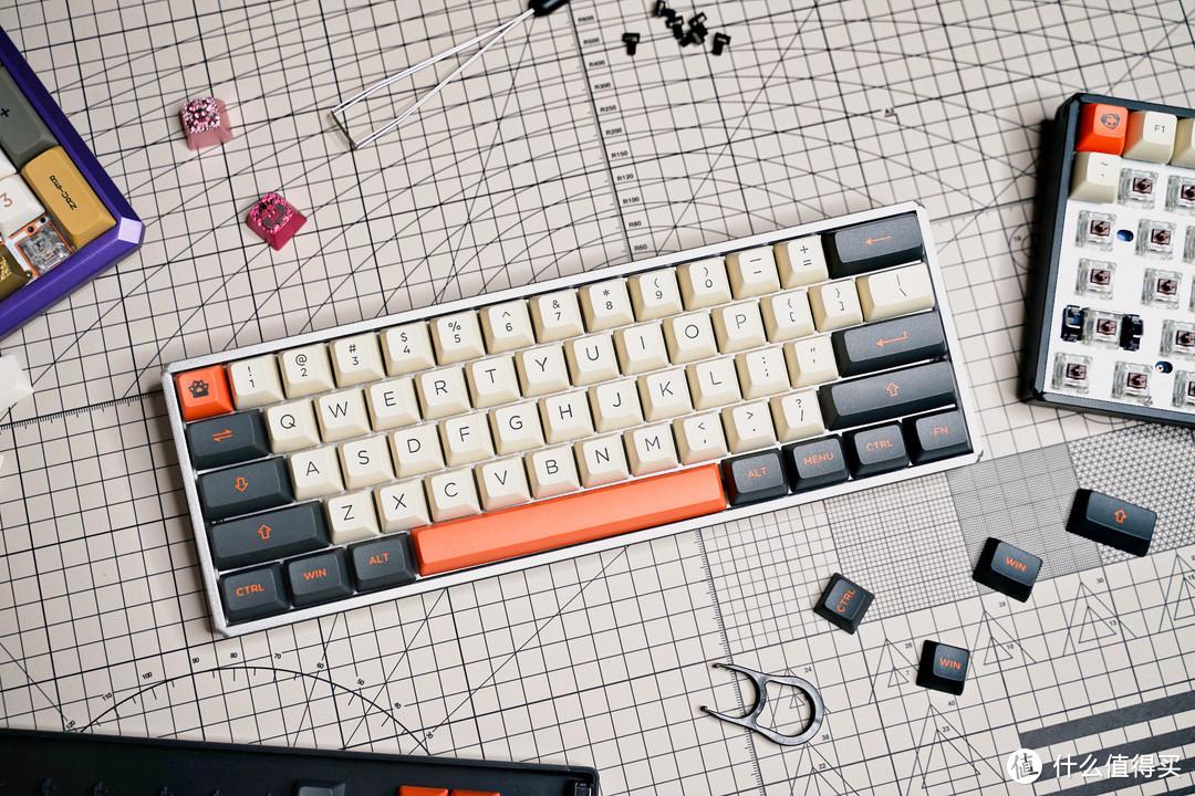给键盘赋予新的灵魂-AKKO 大碳复刻键帽