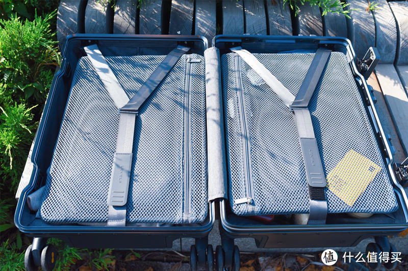 选材用料过硬、拖拽顺滑无噪音-地平线8号20寸登机行李箱