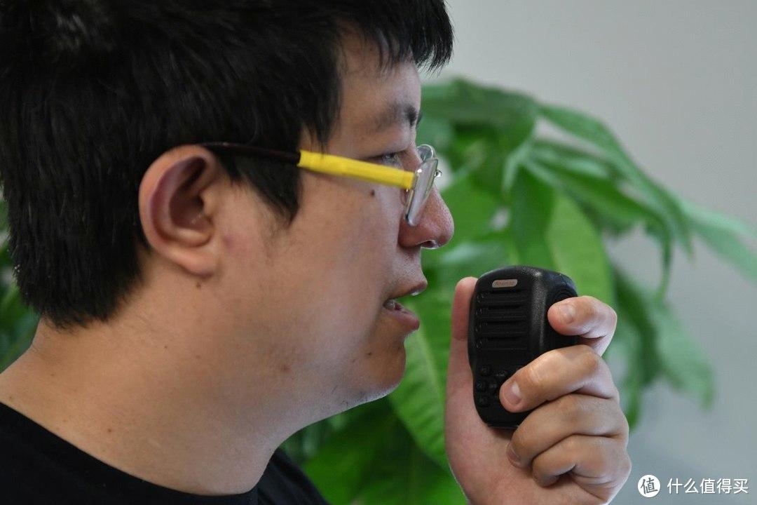 开创短语音实时沟通新方式 上手纽曼微鳯对讲机