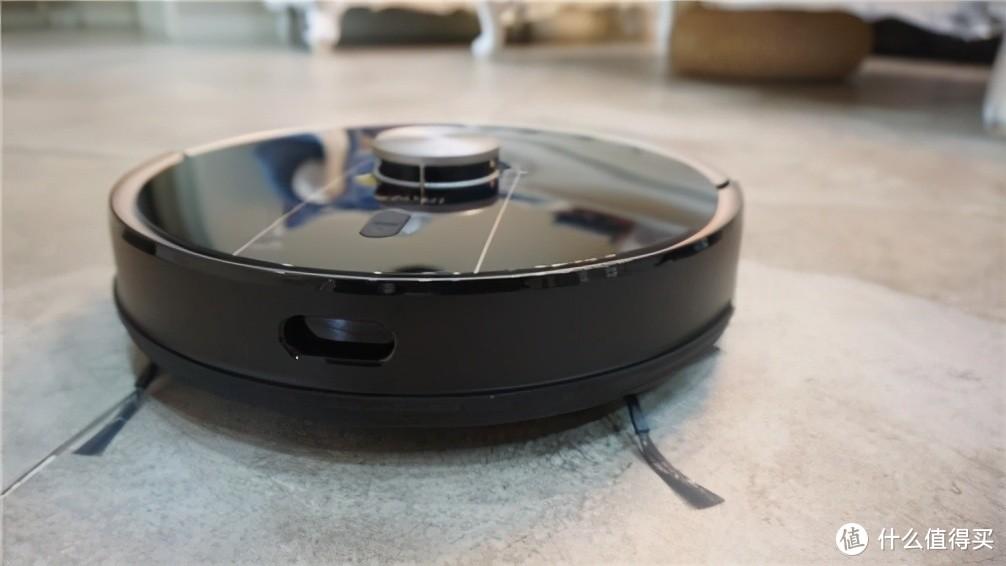 2021智能扫地机器人品牌推荐,Uoni由利V980 Plus细节设计赢得口碑