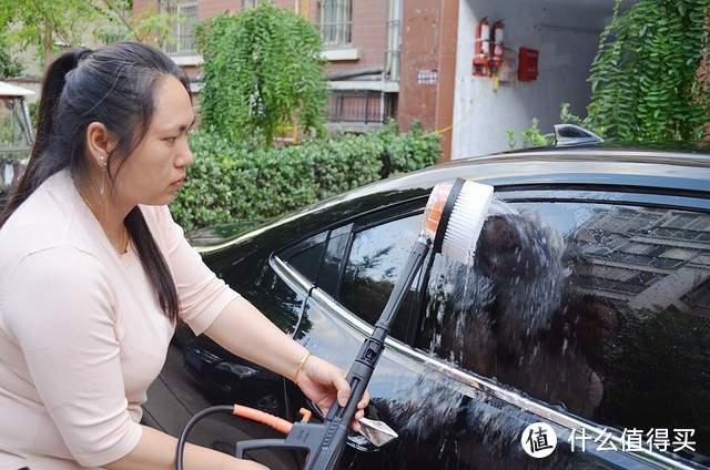 绿田波塞冬高压洗车机,不用去洗车店在家也能自己洗车