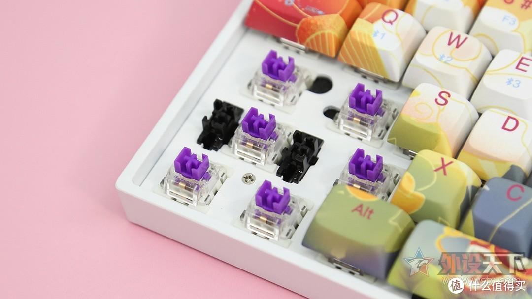 新贵GM680 蓝牙双模机械键盘评测:国风配色