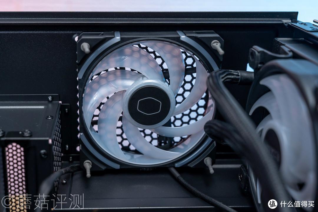 极致降噪,疯狂堆料,设计出众、酷冷至尊MasterFan SF120M ARGB静音风扇 评测