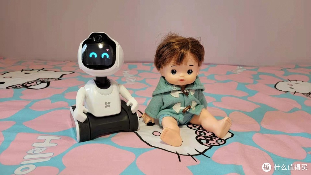 孩子的好玩伴,爸妈的好帮手——萤石RK2智能陪护机器人到站秀