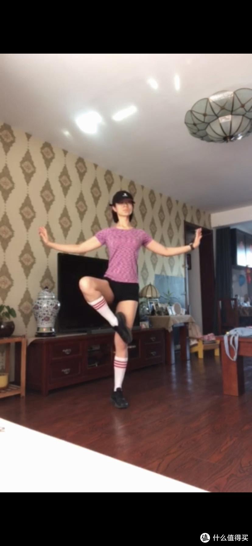 普通自信的Lucy的运动穿搭推荐:骑行跑步舞蹈力量