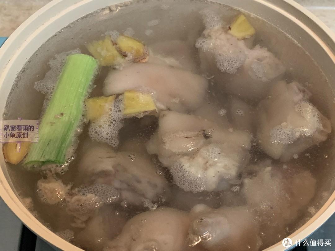 猪蹄和它来炖汤:软糯清甜不油腻,清热有营养,适合全家人夏天喝