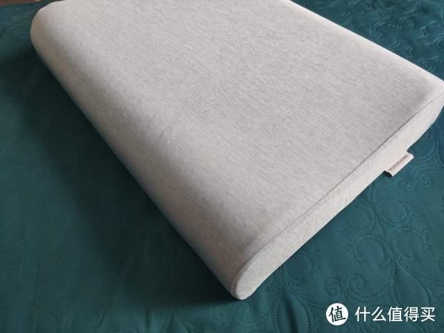 夏天必备,冰爽乳胶凝胶枕的多重享受