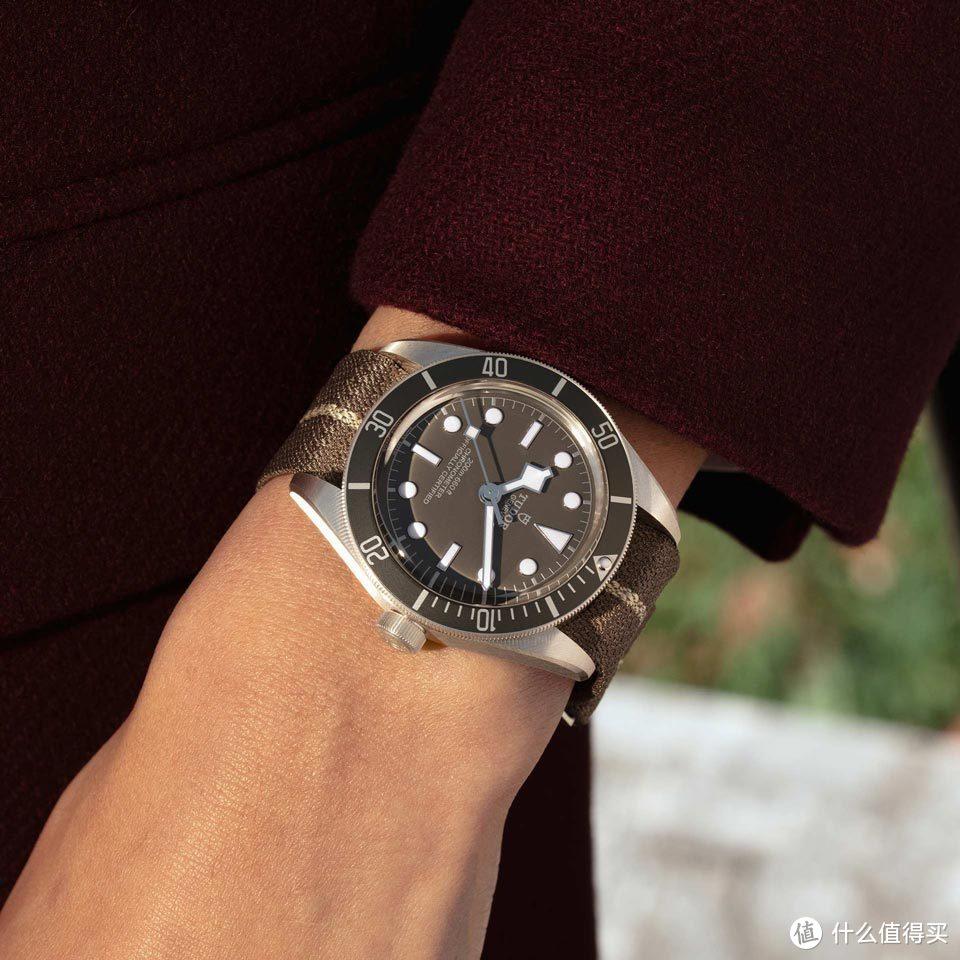 不多见的925银材质腕表 值得买吗?